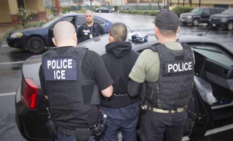 EUA: Autoridades capturan cientos de indocumentados en enorme redada