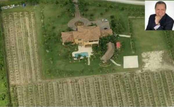 El hondureño cuenta con una mansión valorada en 7.4 millones de dólares.