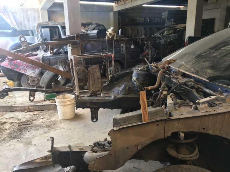 Colonia Aurora: Le caen a taller donde desmantelaban carros robados