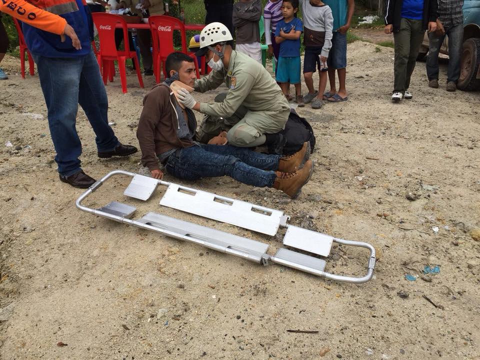 herido en choque de motos en Copán