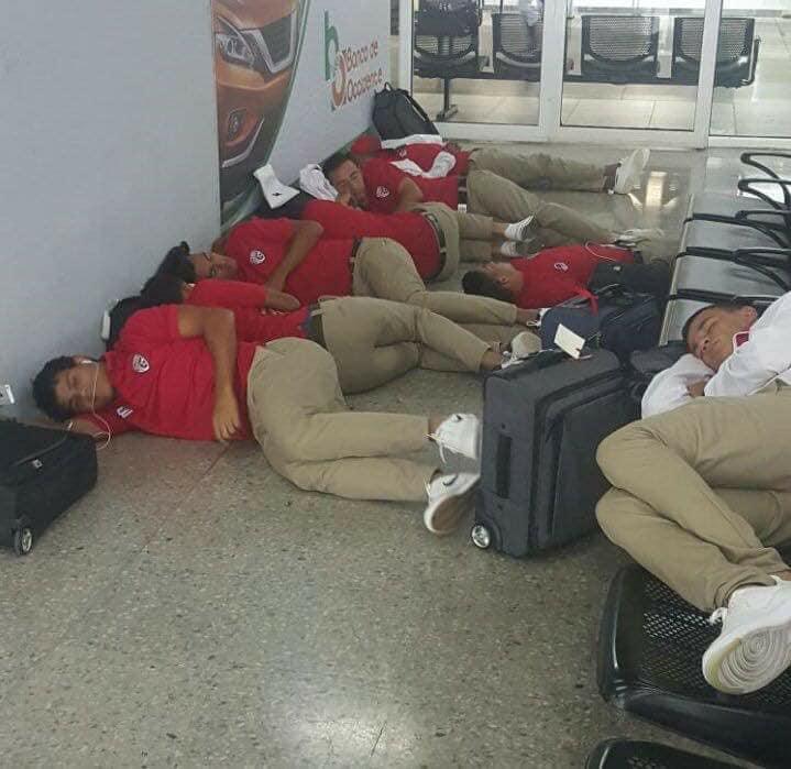 Jugadores de Santos se quedaron varados en aeropuerto de Honduras