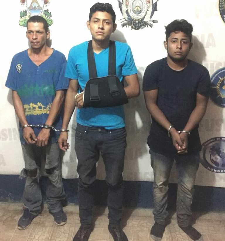 Capturan a tres supuestos asaltantes después de vaciar una casa en Teupasenti