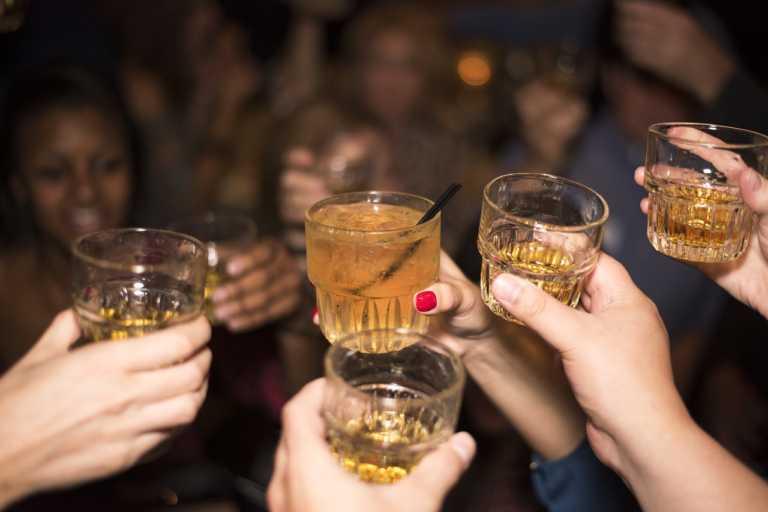 IHADFA: hondureños consumirán más alcohol en Semana Morazánica