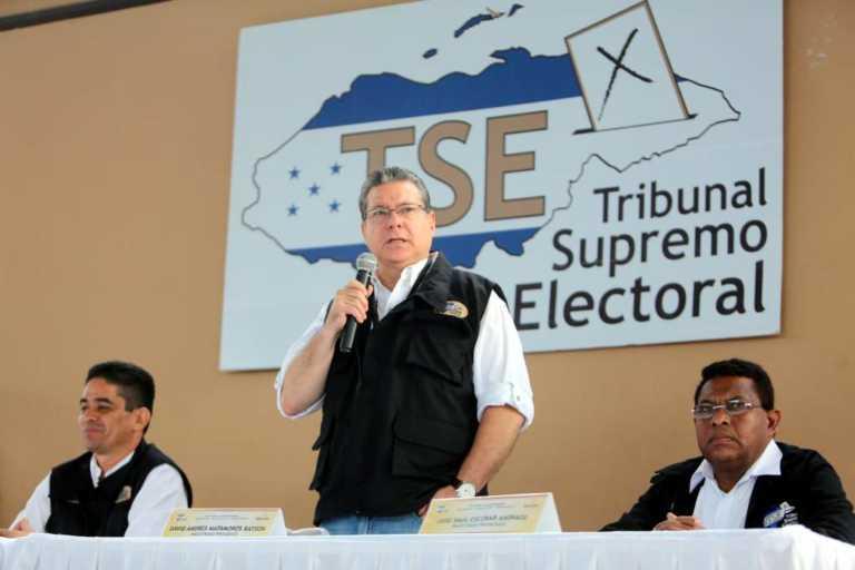 TSE: Unos 50 mil hondureños están aptos para votar en EEUU