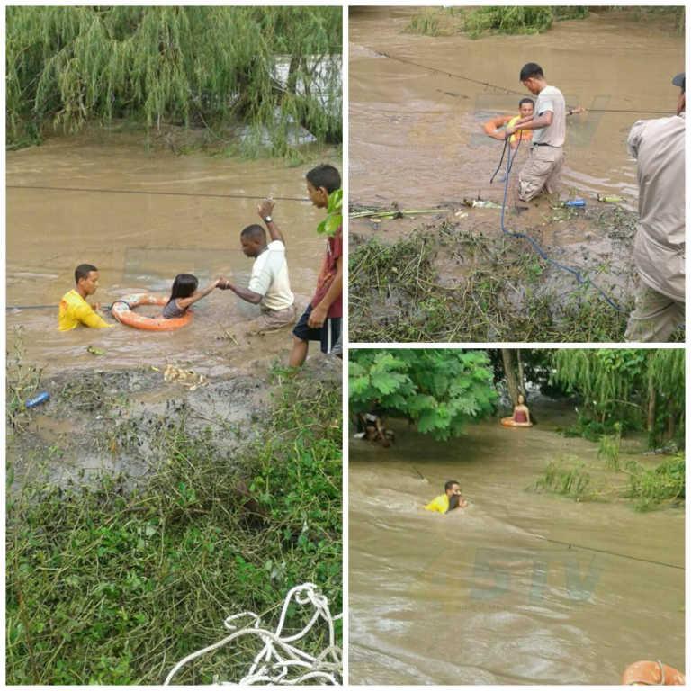 Rescatan a cuatro vacacionistas en Jutiapa, Atlántida