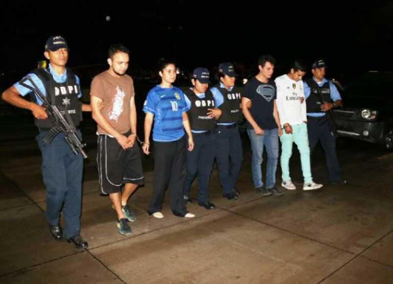 Los jóvenes acusados de matar a su amigo se defenderán en libertad