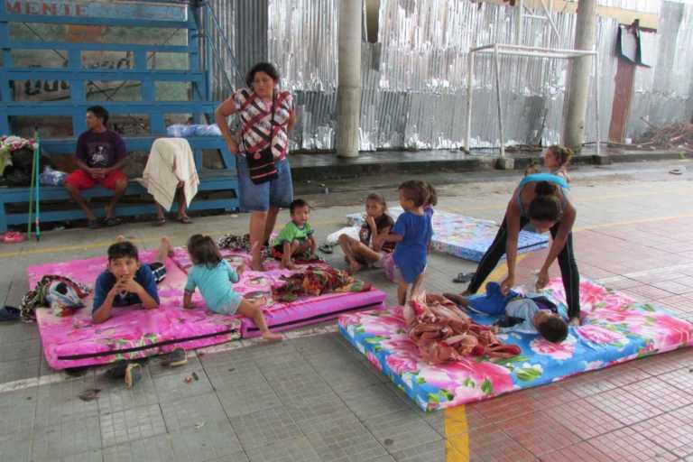 Al menos unas 96 familias son albergadas en Nacaome, Valle