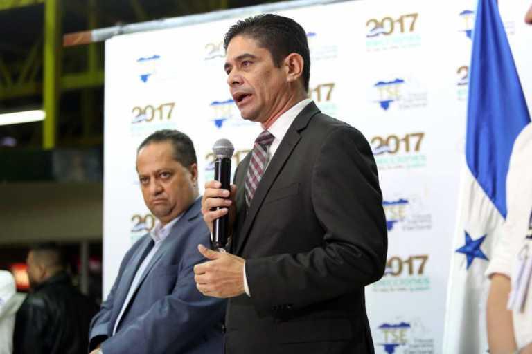 """TSE: """"Políticos sólo hablan de quitar Mapa Soluciones, pero no de pagar indemnización del contrato"""""""