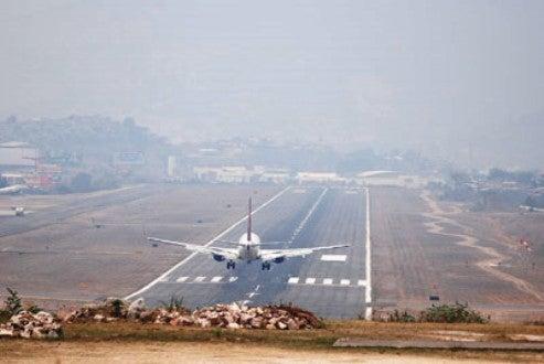 Cancelan vuelos en el Aeropuerto Toncontín de Honduras por mal clima