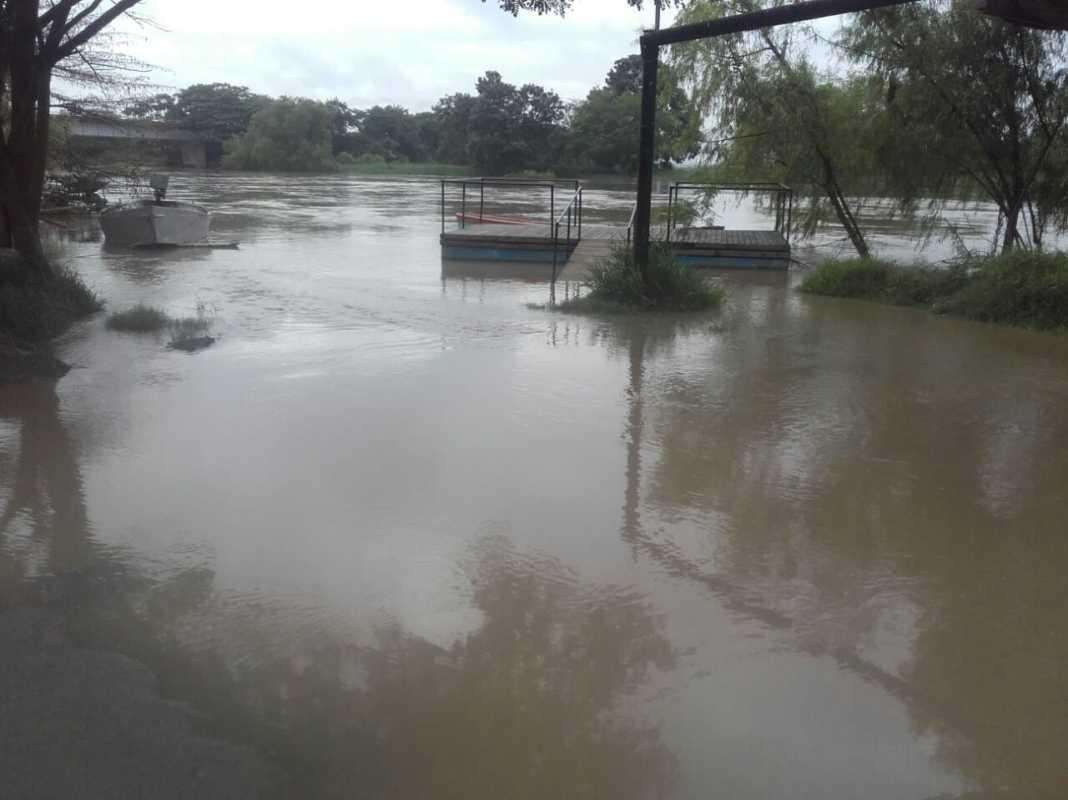 Las autoridades confirman pérdidas materiales y la primera víctima en la zona sur a raíz de las lluvias de la tormenta tropical Selma.
