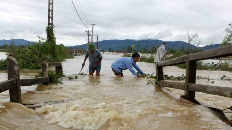 Al menos 68 muertos tras las peores inundaciones en Vietnam