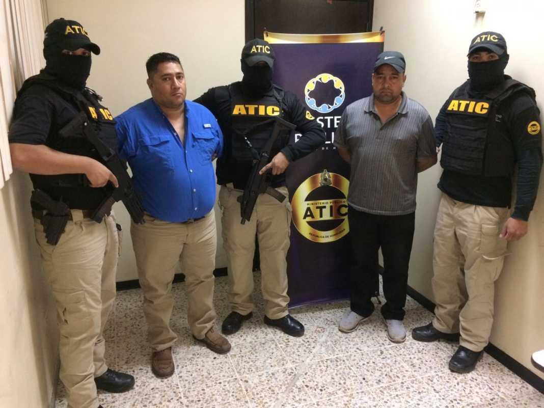 policías que presentaron pruebas falsas