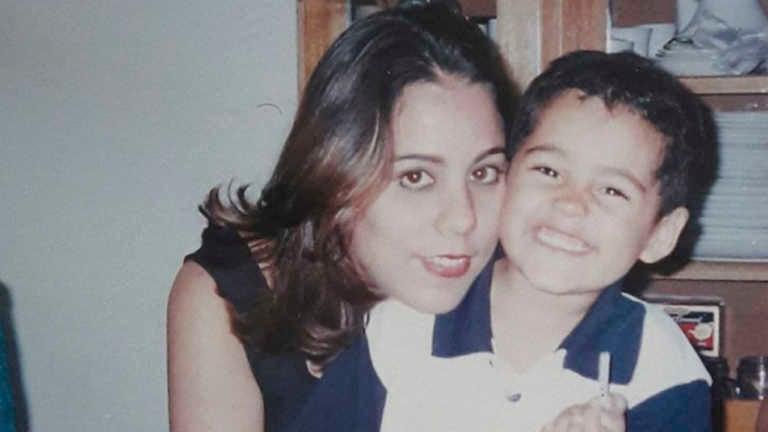 Madre de Carlos Collier publica emotivas fotos con su hijo