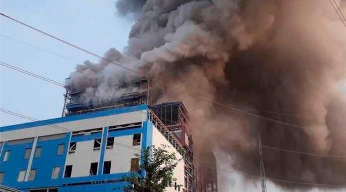 Las autoridades de la India reportan al menos 29 muertos y 85 heridos luego de la inmensa explosión de una planta térmica al norte del país.