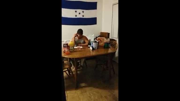 """Hondureño en EUA: """"Mañana recojo dinero, dicen que está tirado en la calle"""""""
