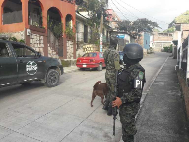 Se ejecutan allanamientos y órdenes de captura en La Ceiba