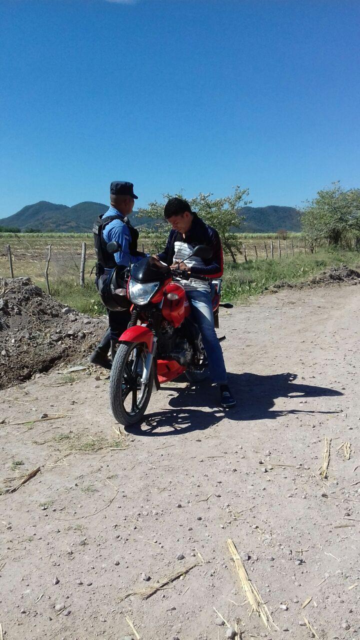 Choluteca: Capturan a jóvenes en posesión de marihuana envuelta en papel de regalo