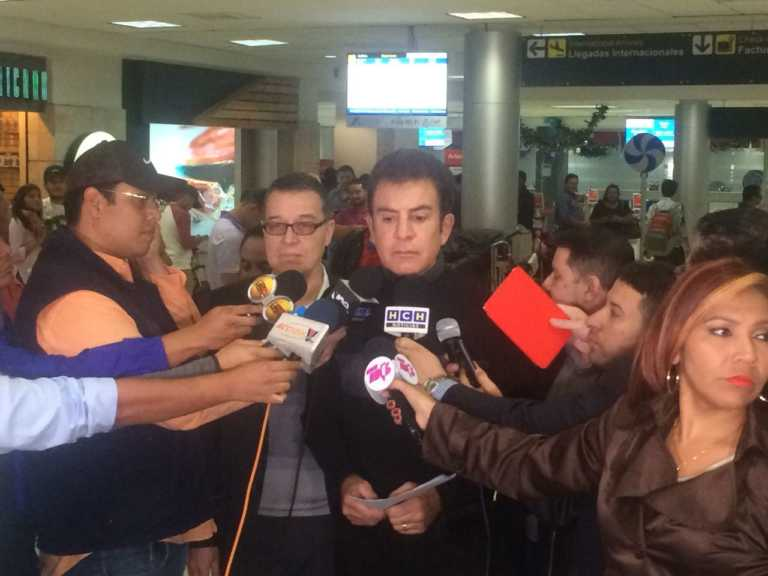 Salvador Nasralla: Viajo a EUA  a mostrar pruebas de fraude a la OEA