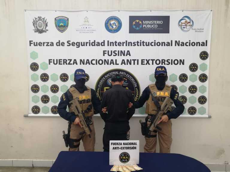 Capturan a menor por presunta extorsión en Tegucigalpa