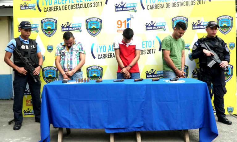 Capturan tres presuntos pandilleros vinculados con embolsados en SPS