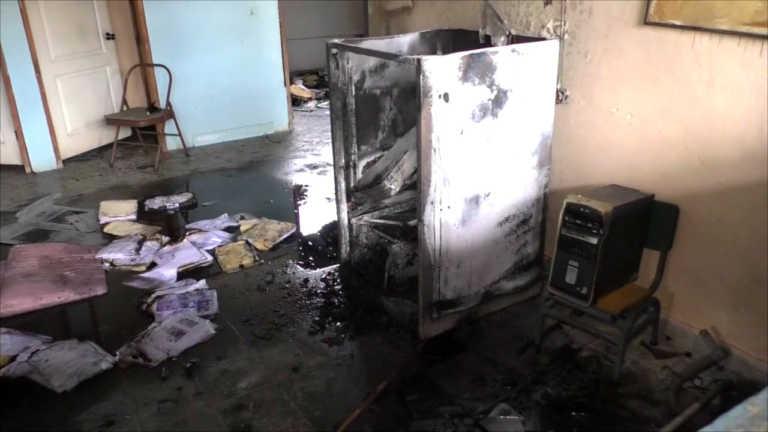 Recuperan vídeos que revelarían quién incendió alcaldía en Santa Bárbara