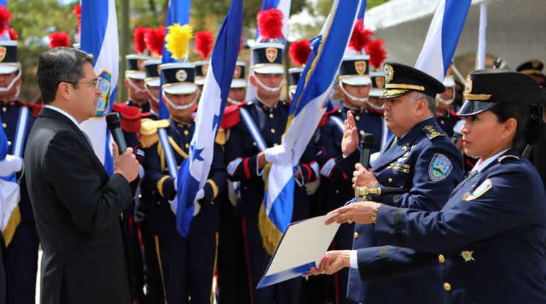 Cúpula de la Policía Nacional asume nuevos cargos