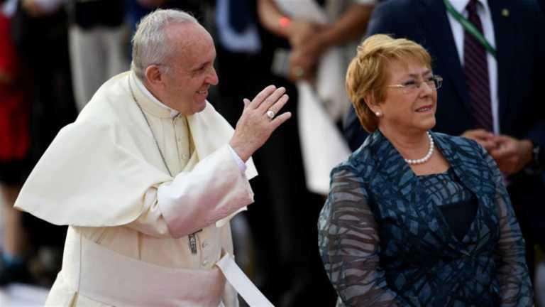 El papa Francisco ya está en tierras Chilenas