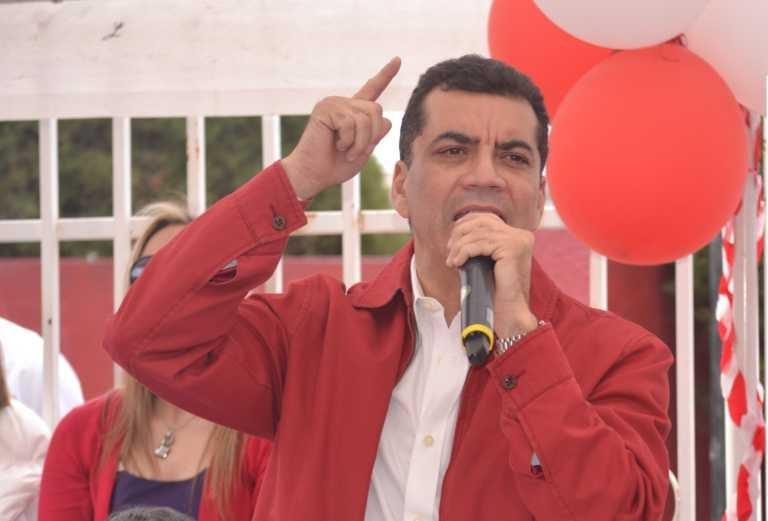 """""""No voy a permitir que en mi partido haya una dictadura"""": Elvin Santos"""