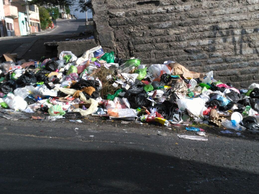 Toneladas de basura