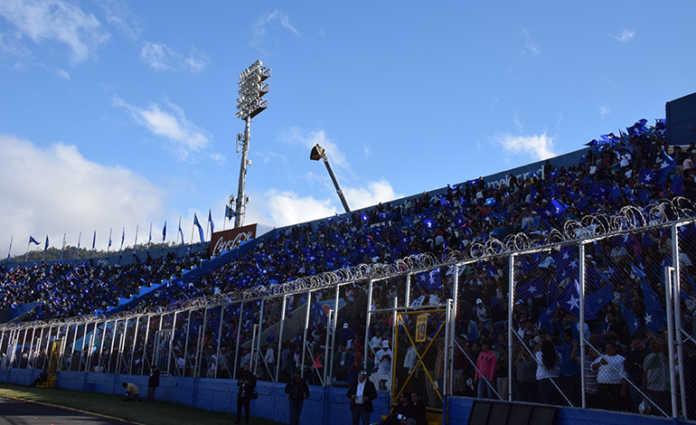 toma de posesión en el Estadio Nacional