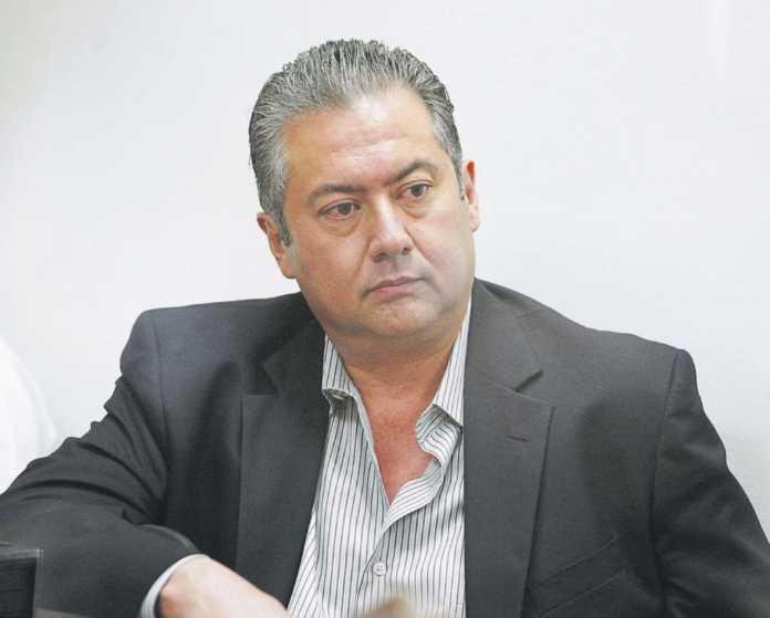 condenan a ex viceministro Cardona