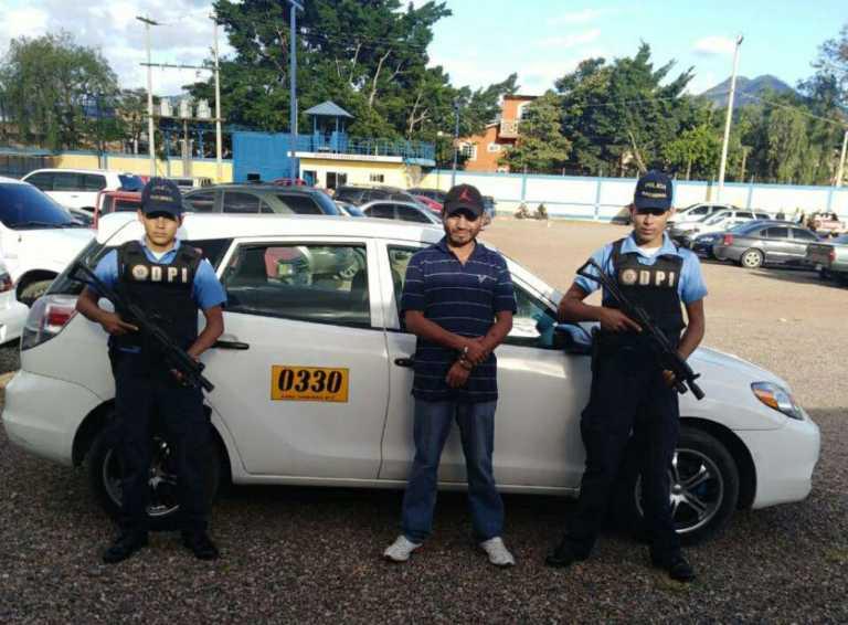 Tegucigalpa: Cae a taxista con dos órdenes de captura por robo