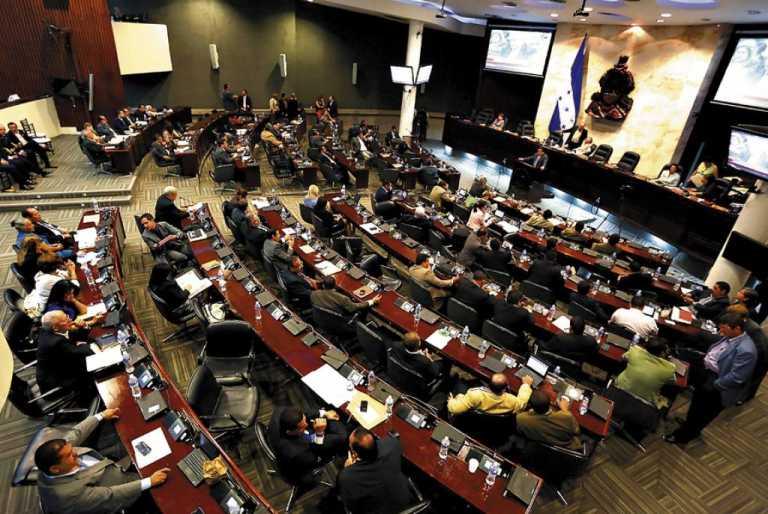 Congreso Nacional nombra 36 comisiones ordinarias y especiales