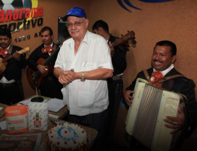 Tito Handal