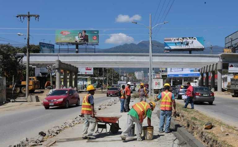SPS: Construcción del puente a desnivel en la avenida Juan Pablo II está por finalizar