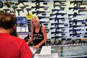 La Asociación del Rifle demanda a Florida por ley de control de armas