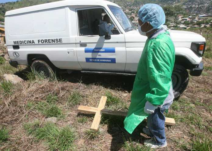 Medicina Forense sepultará 28 cuerpos