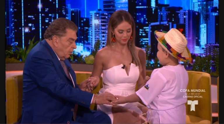 Niño hondureño ora por Don Francisco en programa de televisión y provoca hasta lágrimas