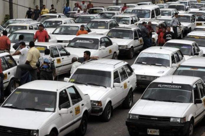 Taxistas en Tegucigalpa