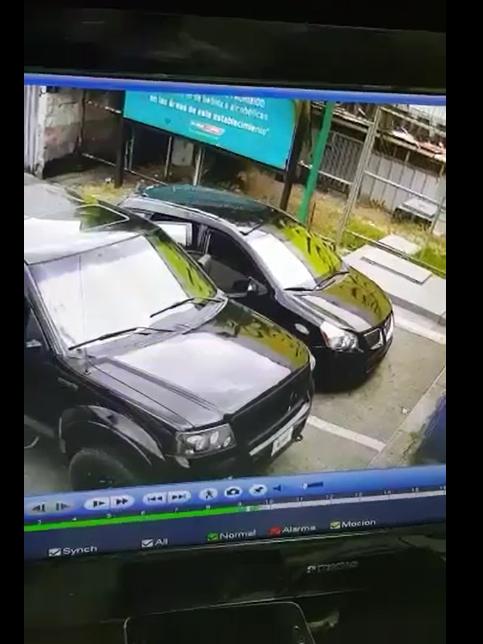 Cámara de seguridad capta robo en gasolinera de San Pedro Sula