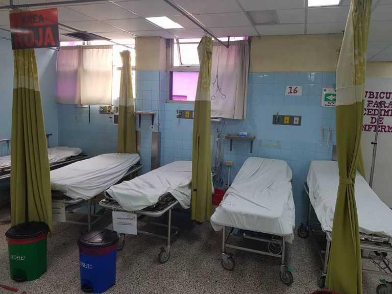 Universitario ingresa con una fractura en su pierna y sale muerto del HEU
