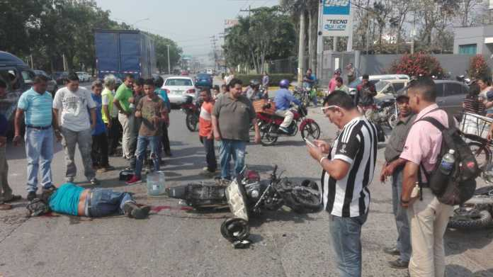 Accidente de tránsito en San Pedro Sula deja tres personas heridas