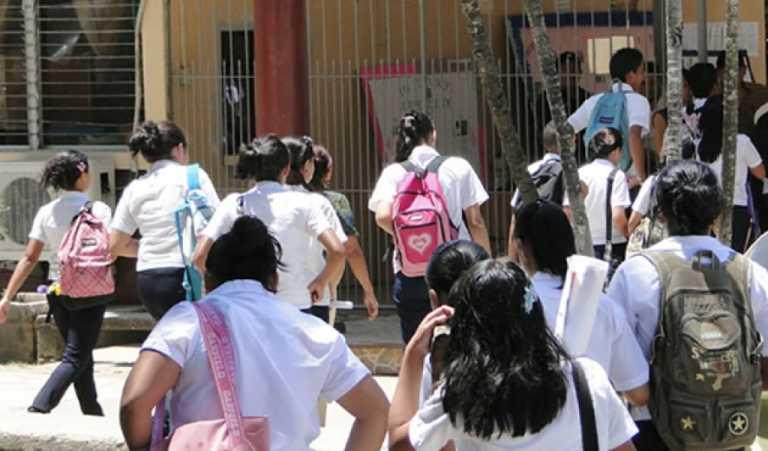 Ahora crearán Policía Escolar para resguardar centros educativos
