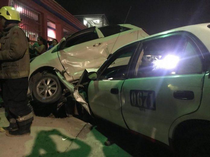 Accidente en San Pedro Sula deja a tres personas heridas