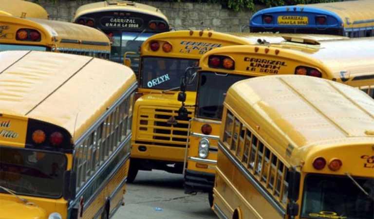 Transportistas lamentan 'lentitud' en reglamentación del decreto de exoneraciones