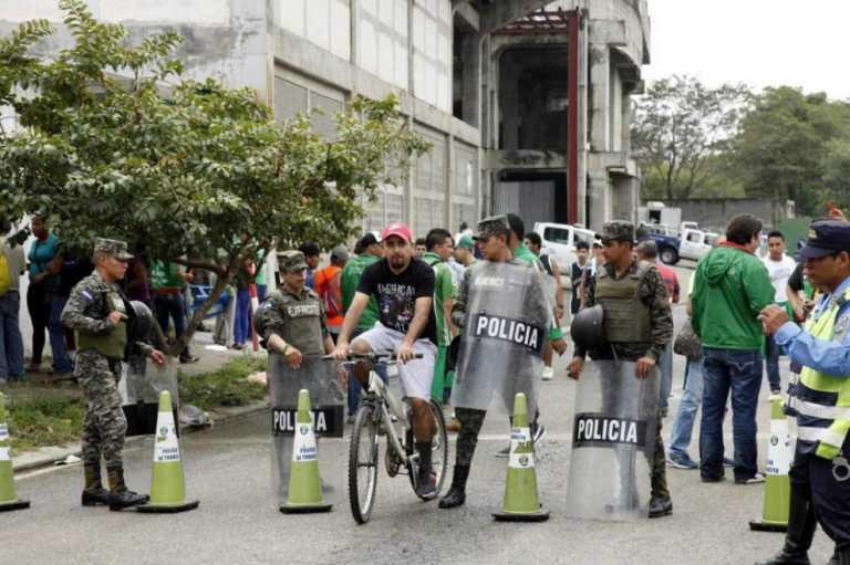 ¡Locura en San Pedro Sula por un boleto al Yankel Rosenthal!