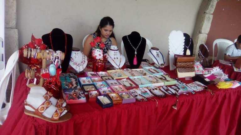 Mujeres emprendedoras realizarán una expo-venta por el Día de la Madre