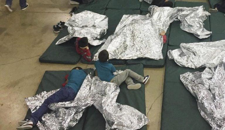 Denuncian que niños migrantes detenidos en EEUU son obligados a consumir fármacos