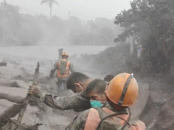 Confirman: No hay hondureños afectados por erupción de volcán de Fuego en Guatemala