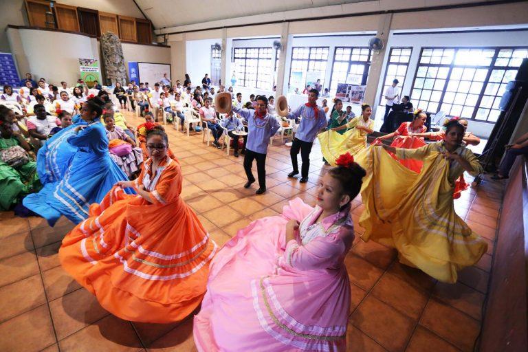 Municipalidad sampedrana celebra el Día Mundial del Desplazamiento Forzado